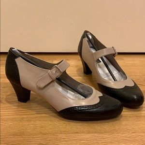 Aerosole Mary Jane Pumps